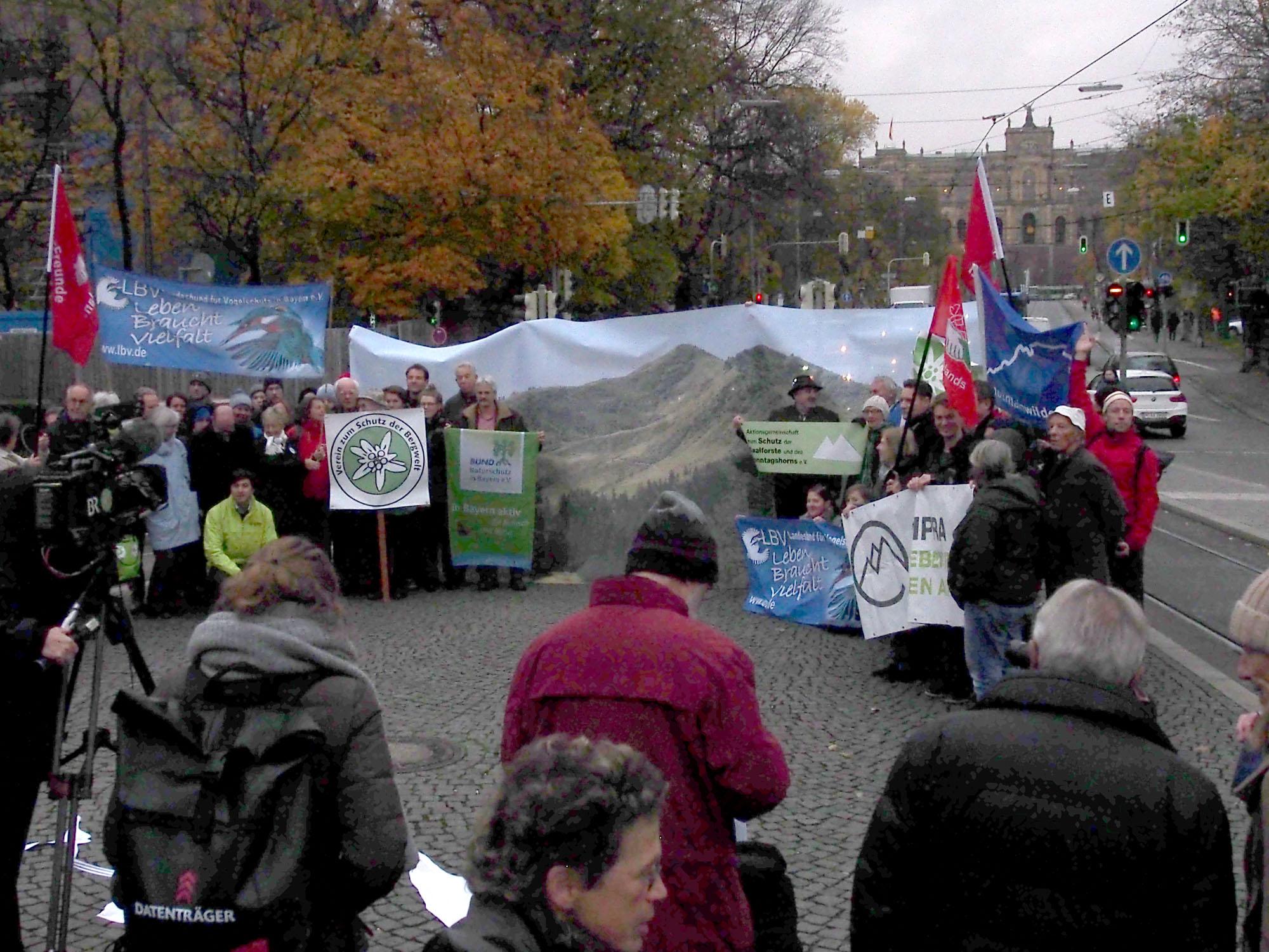 Protestaktion Reidberger Horn Alpenplan